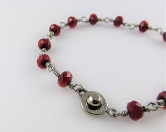 Dark Red Faceted Glass Bead Bracelet, 7.5 in. - Art Wire