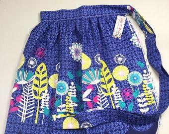 Half Apron - Vintage Pin Up Skirt Style - Mod Flowers Blue