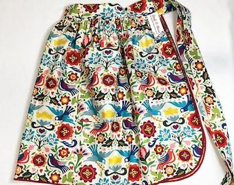 Half Apron - Vintage Pin Up Skirt Style - Mexico Folklorico
