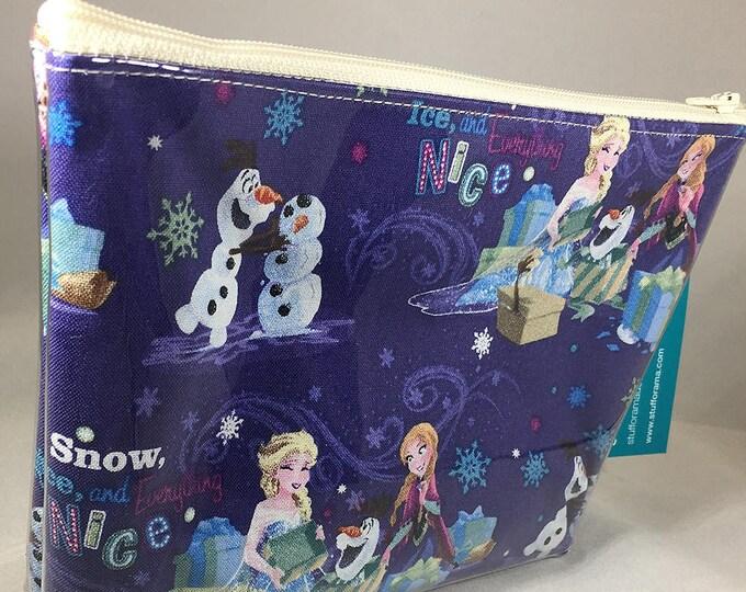Make Up Bag - Frozen: Anna, Elsa, and Olaf Zipper Pouch