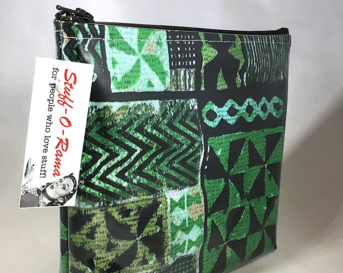 Make Up Bag - Hawaiian Kapa by uhlenkott Zipper Pouch