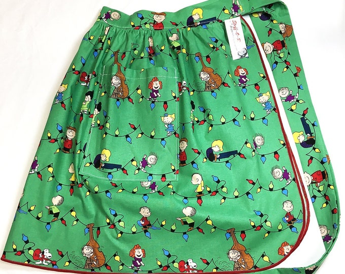 Half Apron - Vintage Pin Up Skirt Style - Charlie Brown Christmas
