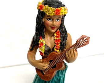 Mini Dashboard Namele Ukulele Hula Doll