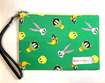 Looney Tunes Green - Clutch Wallet Wristlet