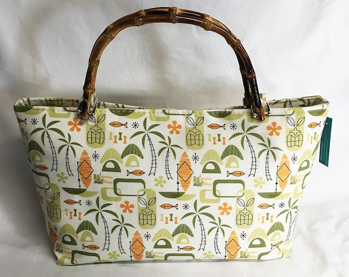 Handbag - Hawaiian Village by Mia Valdez