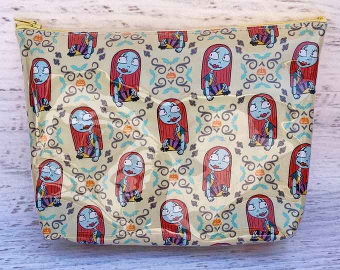 Nightmare Before Christmas - Sally - Yellow - Make Up Bag