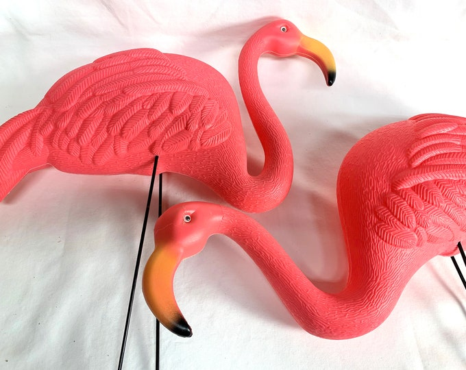 Pink Flamingos Yard Ornament