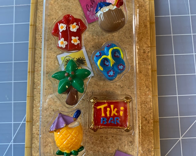 Tiki Bar - Luau - Push Pin Set - Corkboard - Bulletin Board
