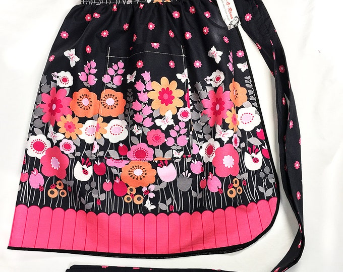 Half Apron - Vintage Pin Up Skirt Style - Mod Flowers Black & Pink