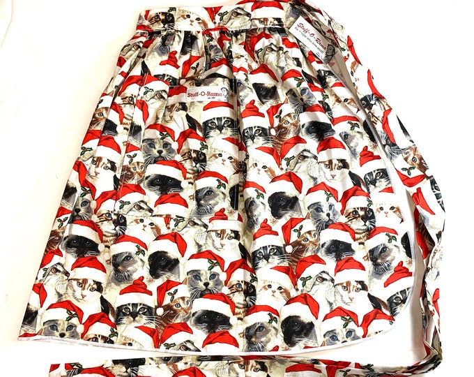 Half Apron - Vintage Pin Up Skirt Style - Christmas Cats in Santa Hats