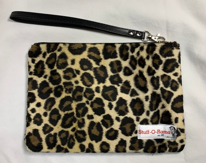 Leopart - Cheetah - Animal Print Faux Fur - Clutch Wallet Wristlet