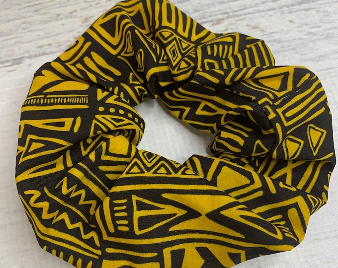 Tapa Cloth - Black Yellow - Elastic Hair Tie - Fabric - Wide Width - Oversize - Scrunchie style - Disneybound - MCM - Retro - Vintage - Tiki