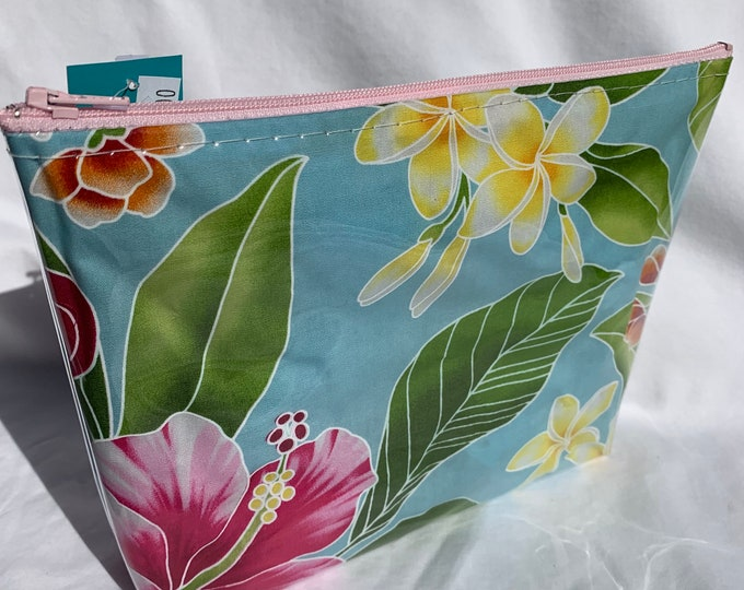 Tropical Flowers - Light Blue - Makeup Bag - Hawaiian Aloha Print