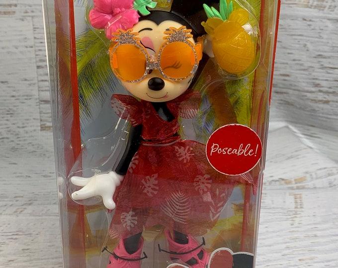 Minnie Mouse - Island Icon - Poseable Doll - Disneyland Paris 2020 - Tropical - Tiki Drinks - Tiki Mug - Limited Edition - Fashion Doll