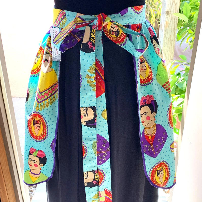 Vintage Pin Up Skirt Style Half Apron Mexico Folklorico Fantastico Folk Mexican one size plus curvy food service waitress wait staff