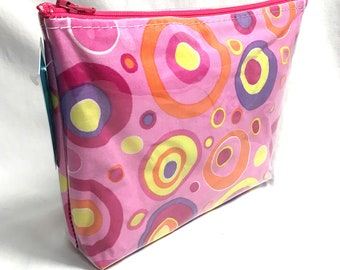 Make Up Bag - Mod Pink Circles Zipper Pouch