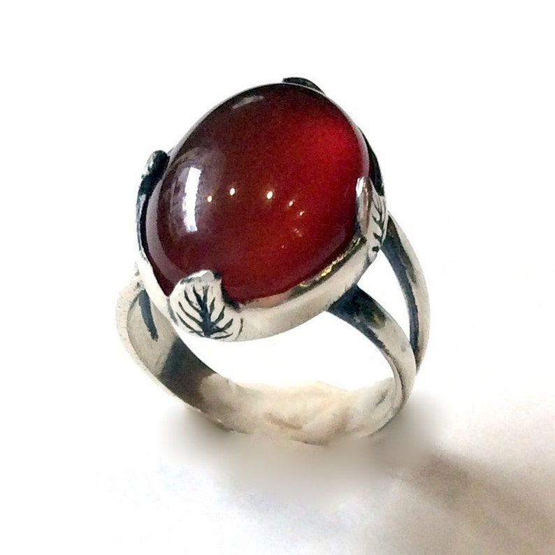 Carnelian ring Four leaves R2056 Gypsy Ring oval gemstone ring statement ring cocktail ring leaf prongs ring Sterling silver ring