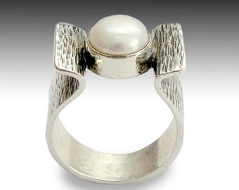 Sterling silver ring, grooved silver ring, oxidized ring, fresh water pearl ring, engagement ring, single pearl ring - At first light R1531S