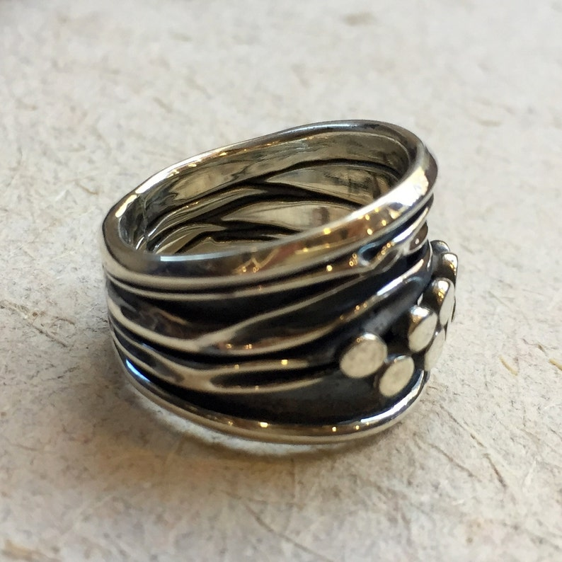 Wedding band unisex band modern ring boho ring dots band wavy ring Twist R2402 Sterling silver ring etched ring organic band