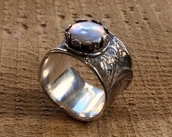 Rustic band, pearl ring, unique wedding ring, crown silver band, organic ring, bohemian ring, boho ring, wide silver band - Dreamland R2303