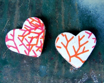 Rose Wood Heart Stickers, Package of 20 Paper Sticker Seals, Pink Coral Orange, Peel and Stick Hand Made Flake Stickers
