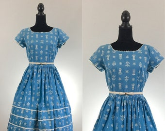 Ric Rac Floral Vintage Cotton Dress, Vintage Day Dress, Blue Vintage Dress, Ric Rac, VLV Dress, 1950's Dress, Rockabilly Dress, Medium