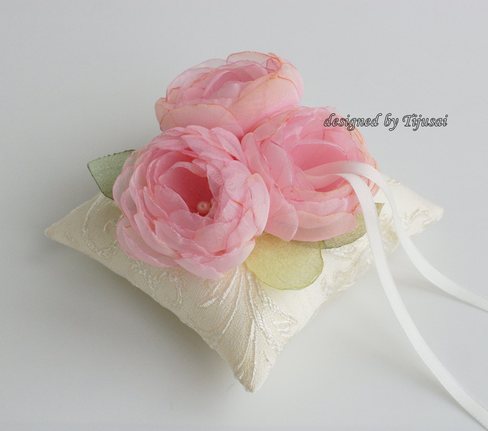Ivory Wedding pillow with 3 pink flowers ring bearer