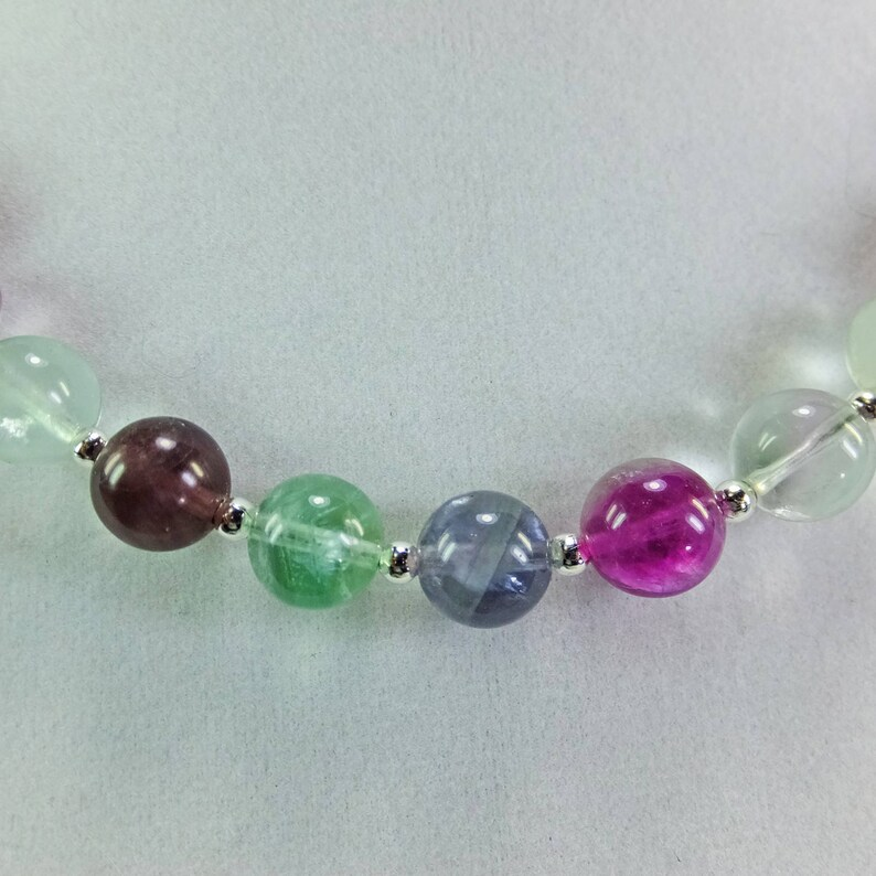 Green Fluorite Beaded Necklace Lovely Purple Lavender