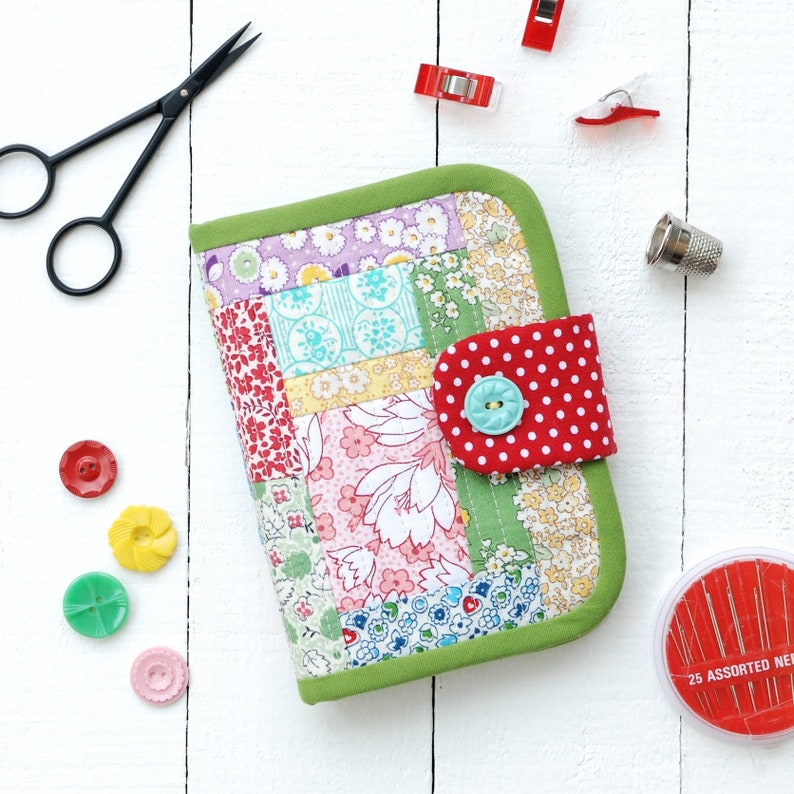 PDF Quilted Needle Book Sewing Kit Pattern image 0