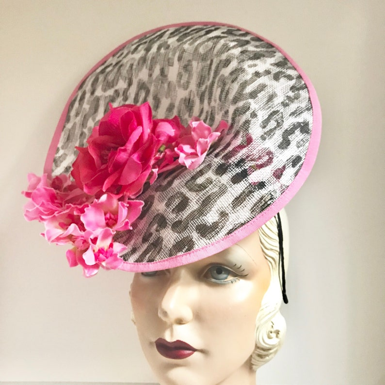 df7bf0d764c67 Kentucky Derby Hat. Saucer Fascinator