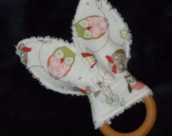 Cool White Owls Rabbit Ears Wooden Teething Ring - SALE
