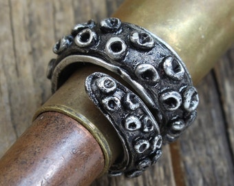 Tentacle Ring - Handmade Pewter - Octopus Tentacle Ring - Squid Tentacle Ring - Adjustable - Cthulhu Inspired Steampunk Cephalopod Doctorgus