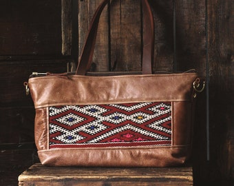 Everyday Bag. Leather Crossbody. Leather Shoulder Bag.  Boho Bag. Moroccan Bag. Kilim Bag. Ready to Ship. Gypsy Boho Bag.