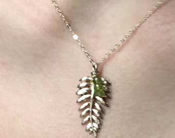 Peridot Sterling silver leafy necklace