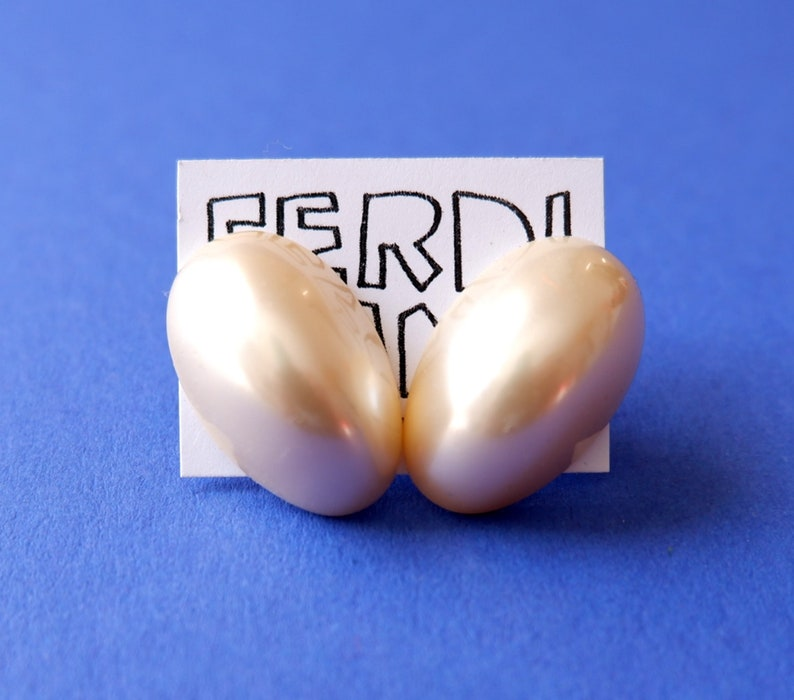 pearl chunk made from vintage cabochon post stud earrings plastic pastel