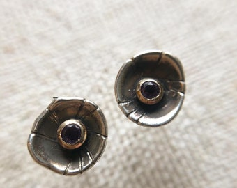 Blossom stud earrings with Amethyst