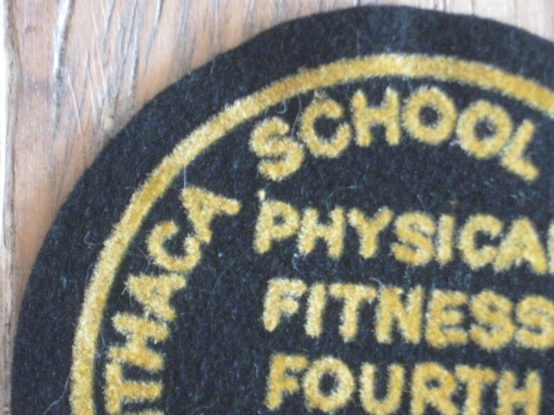 1963 Ithaca School District Physical Fitness Fourth Grade Girls Sweater Jacket Patch