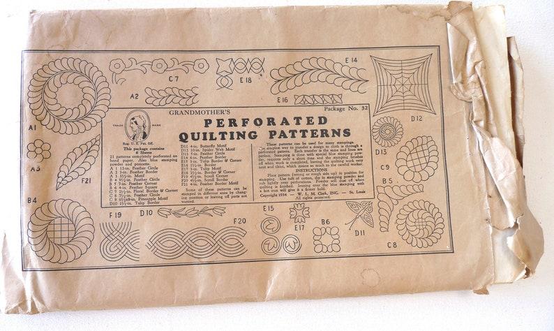 Clark envelope perforated Quilting patterns No 32 1934 vintage paper ephemera collectible