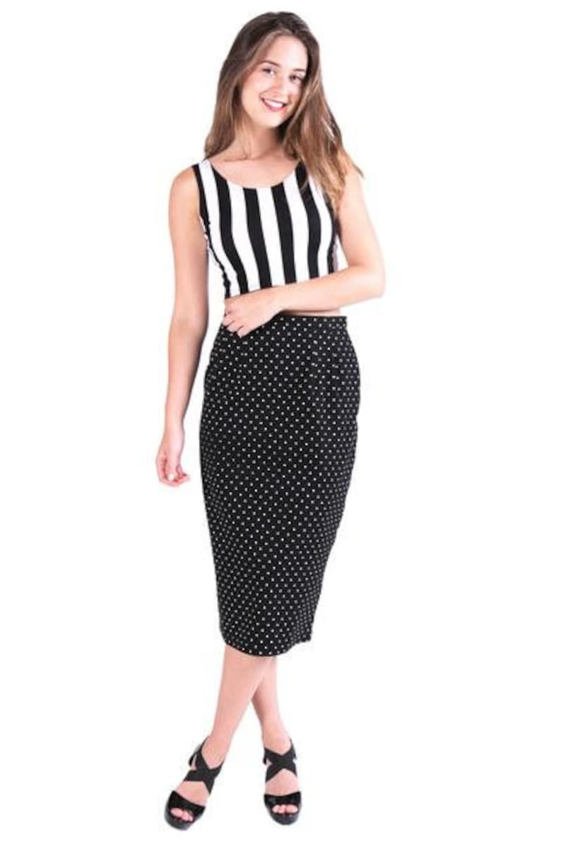 61d170c037 Black And White Spotty Midi Skirt