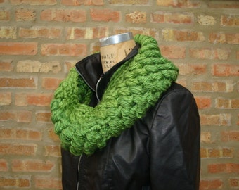Lemongrass Green Bubble Stitch Crocheted Cowl - Crocheted - Handmade - Ready to ship