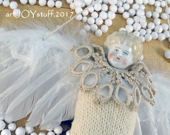 CHRISTMAS ANGEL - vintage - antique - Charlotte doll head - NO088
