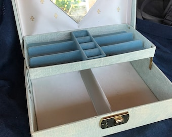 Light blue vintage jewelry box