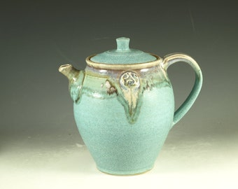 Pottery teapot in turquoise glaze 6 cup  loose leaf