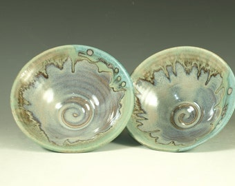 Pair of rice bowls