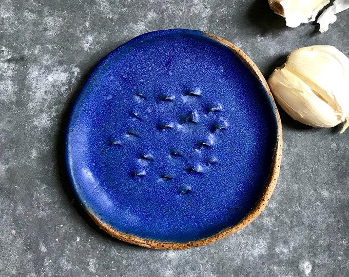 Paul Lowe Ceramics Garlic/Ginger Grater BLUE