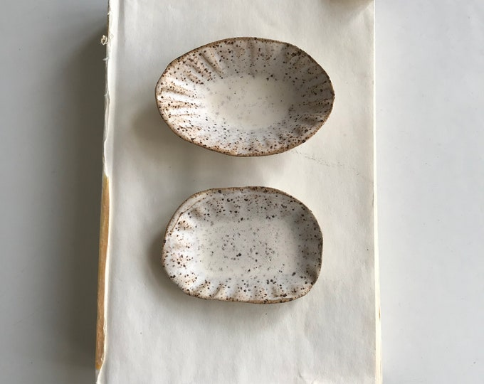 Paul Lowe Ceramics, set of salt and pepper dishes