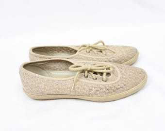 1980's Woven Fabric Coasters in Size 7 . Grasshoppers . Sneakers Tan Beige . Flats . Textured Lace Up Shoes . 80s 90s 1990s mom shoes hemp