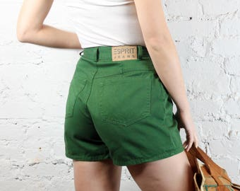 1990's Esprit Olive Green Pleated High Waisted Shorts in Size 2 Small XS . Military Green 1980s 90s 80s Cuffed Cuff Pockets Worn In Soft