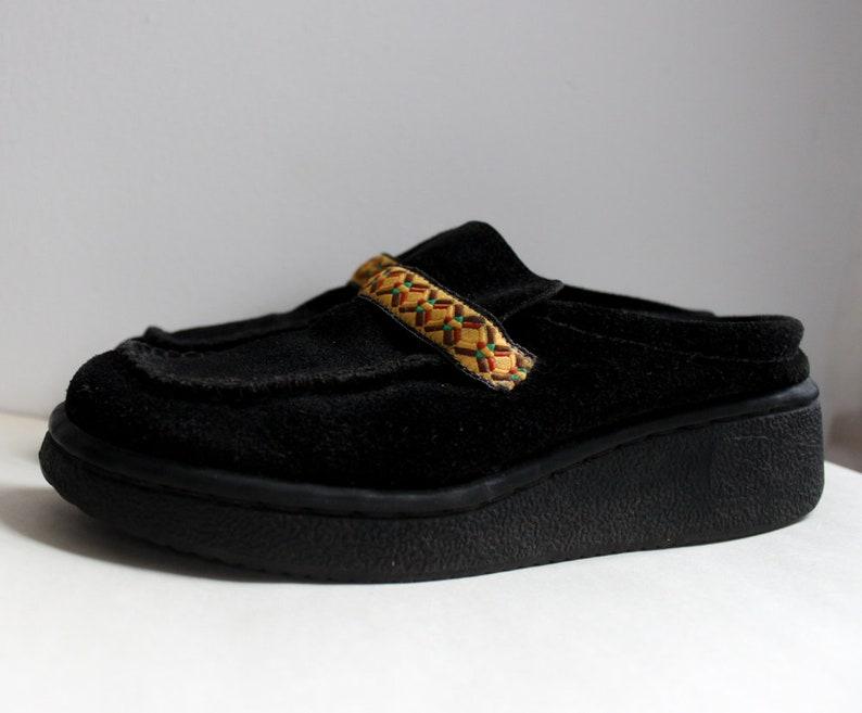70883d589338d size 6 90's Plush Black Velour Liz Claiborne Clogs with Marigold Woven  Embellishment