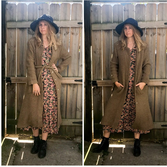 1970's Textured Knit Trenchcoat in Medium or Large